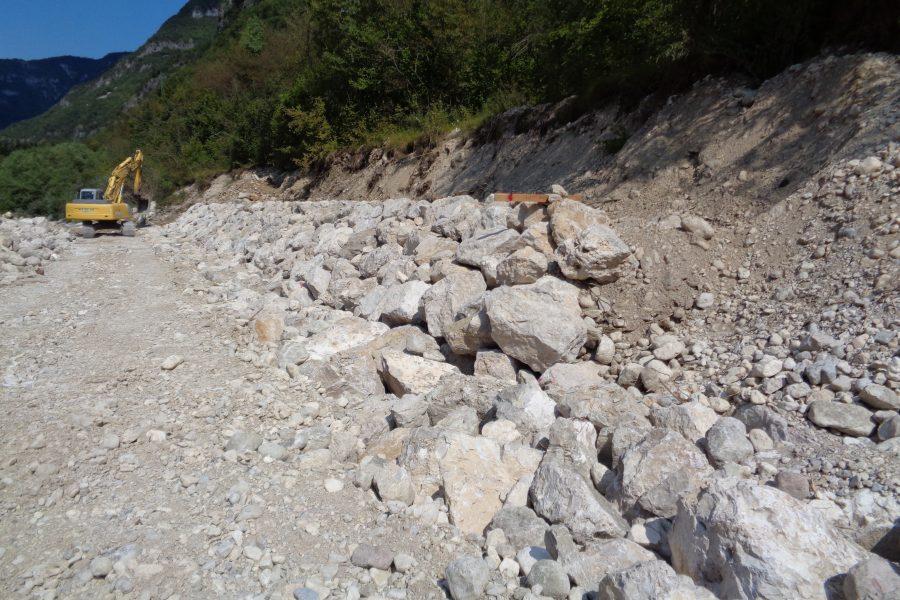 Al via i lavori per due nuove difese spondali sul torrente Astico