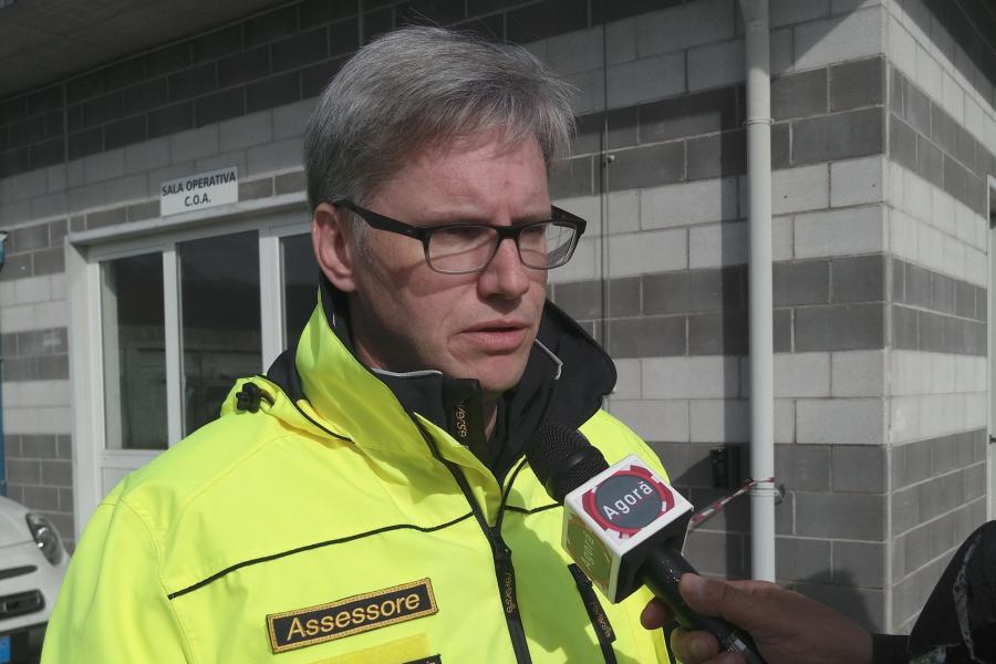 Ancora 5.800 utenze scollegate, 8 frazioni isolate e 93 persone evacuate.
