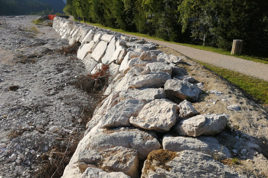 """Sopralluogo ai lavori in Val d'Ansiei. Bottacin: """"oltre 2 milioni di euro per aumentare la resilienza del territorio"""""""