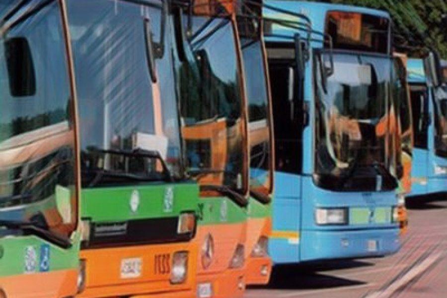 Prorogata di 30 giorni la possibilità di presentare domanda per il bando rottamazione auto. Al via anche sperimentazione sui mezzi di trasporto pubblico per abbattere le emissioni inquinanti.
