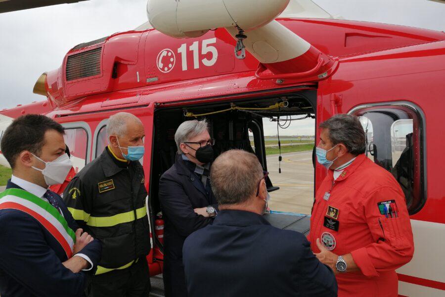 Presentato il nuovo elicottero AW139 in dotazione ai Vigile del Fuoco di Venezia