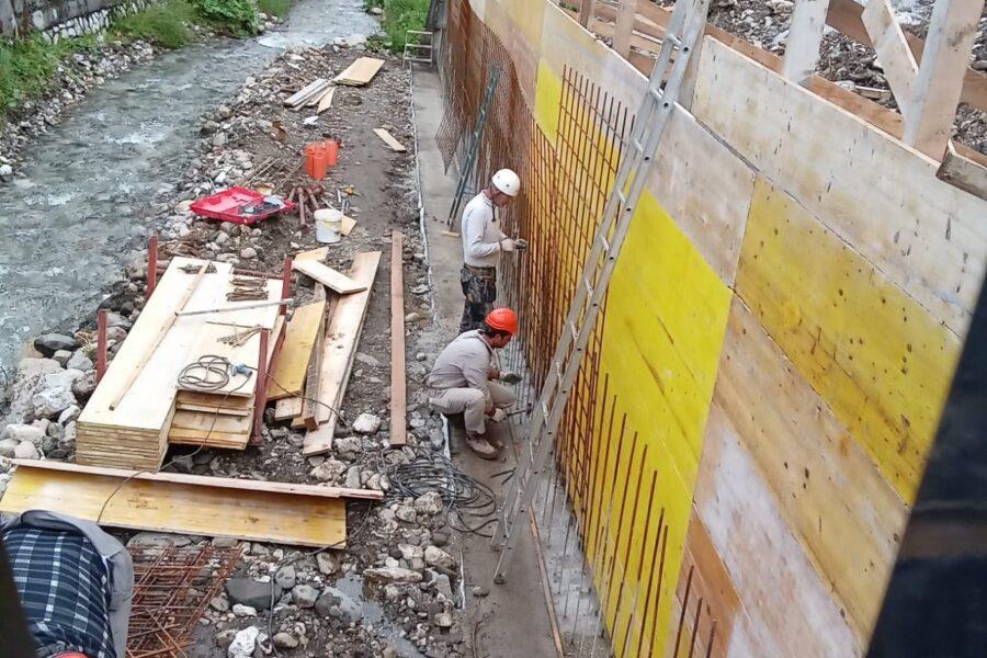 """Avviati ulteriori lavori per la sicurezza idraulica di Arabba. L'assessore Bottacin: """"tanti interventi che tengono conto anche delle particolari caratteristiche di ogni realtà su cui andiamo a operare"""""""